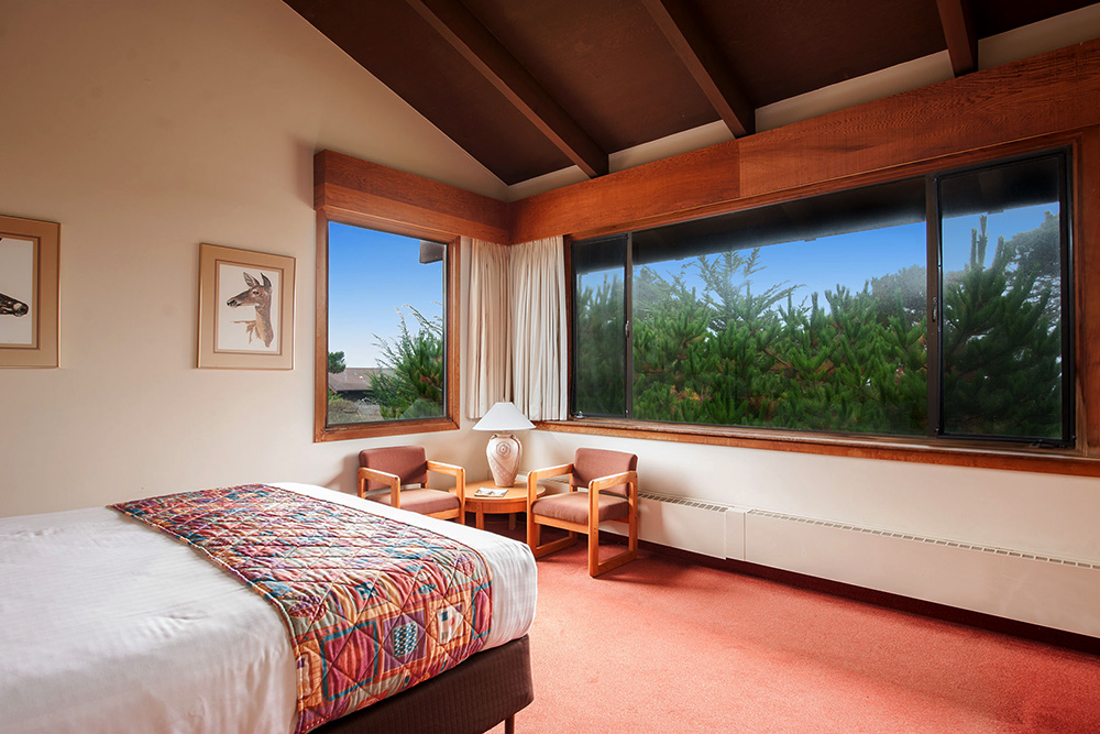 Asilomar Guest Room - King Bed